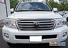 details of used TOYOTA Land Cruiser 2013 for sale Ar Riyad Saudi Arabia