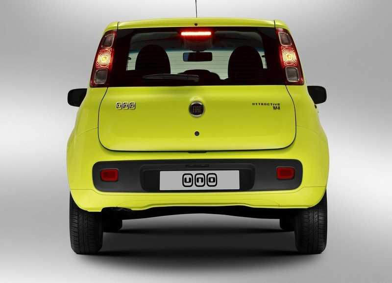 Fiat Uno from back