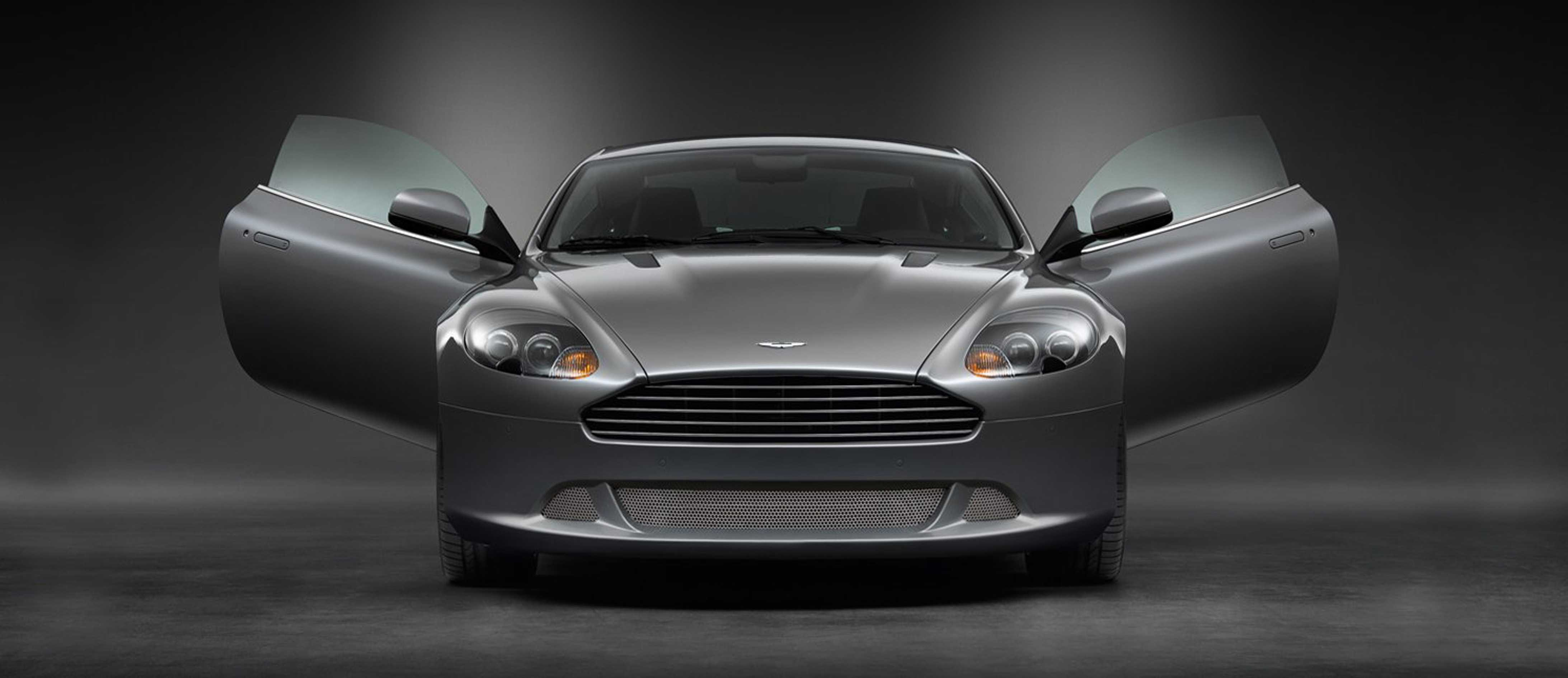 Aston Martin DB9 from front