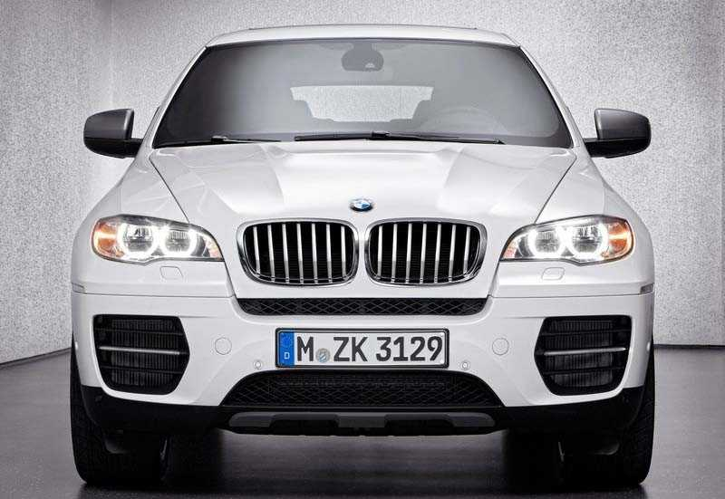 BMW X6 frome front