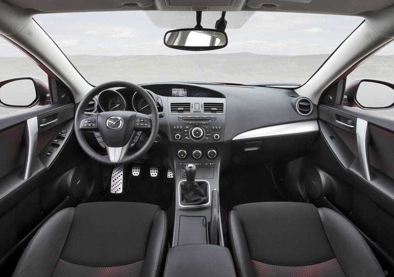 driver salon in Mazda 3 MPS