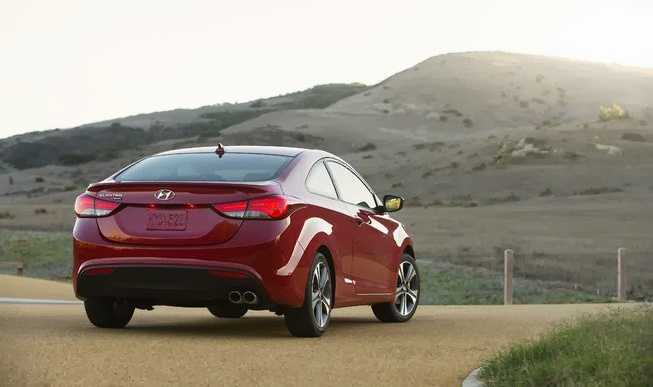 Hyundai Elantra Coupe from side back