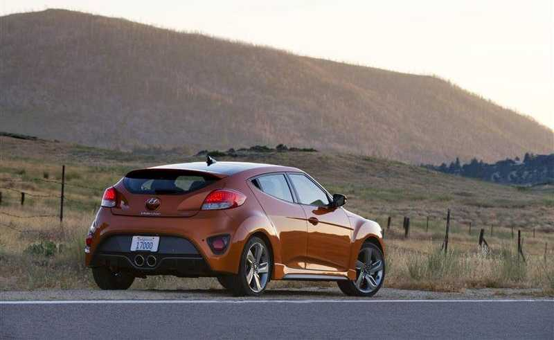Hyundai Veloster Turbo from back