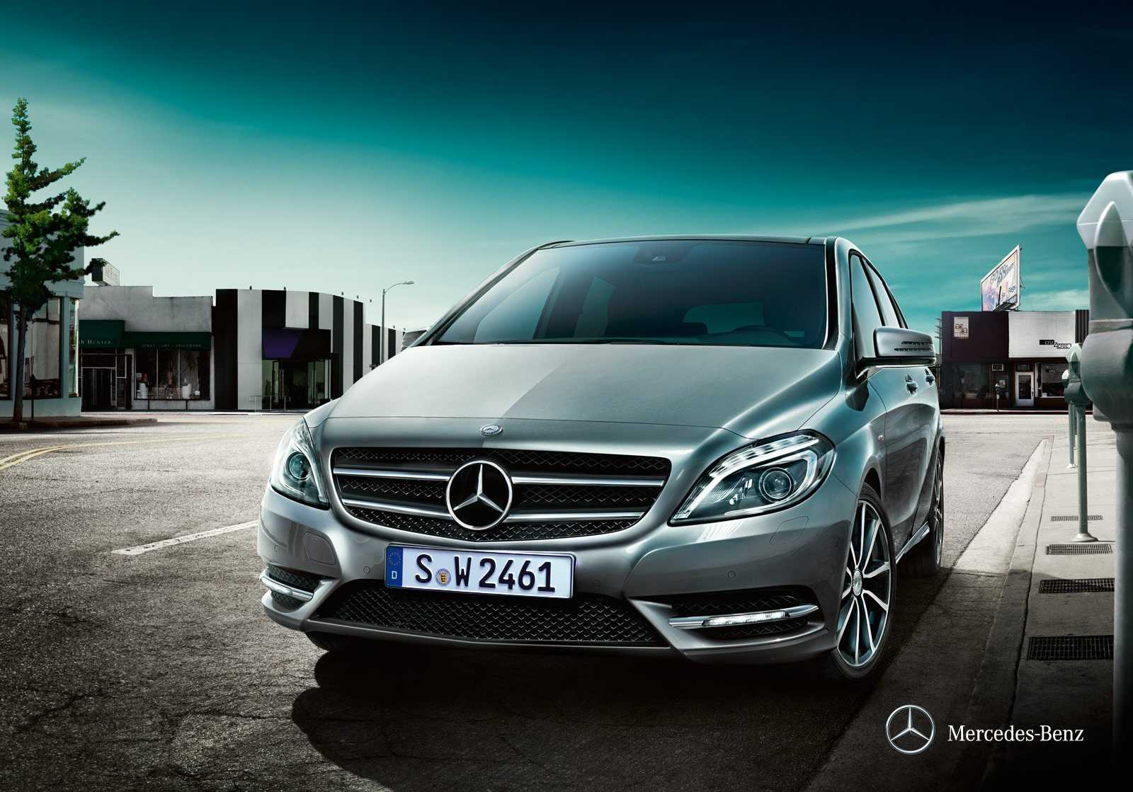 mercedes benz b class from front