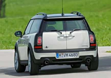 MINI Clubman from back