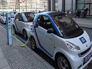 صورة الخبر: دراسة : التحول إلى السيارات الكهربائية سيلغي 114 ألف وظيفة في ألمانيا